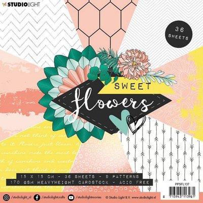 Studio Light Paper Pack 15 x 15 cm - Sweet Flowers no. 137 (pre-order)